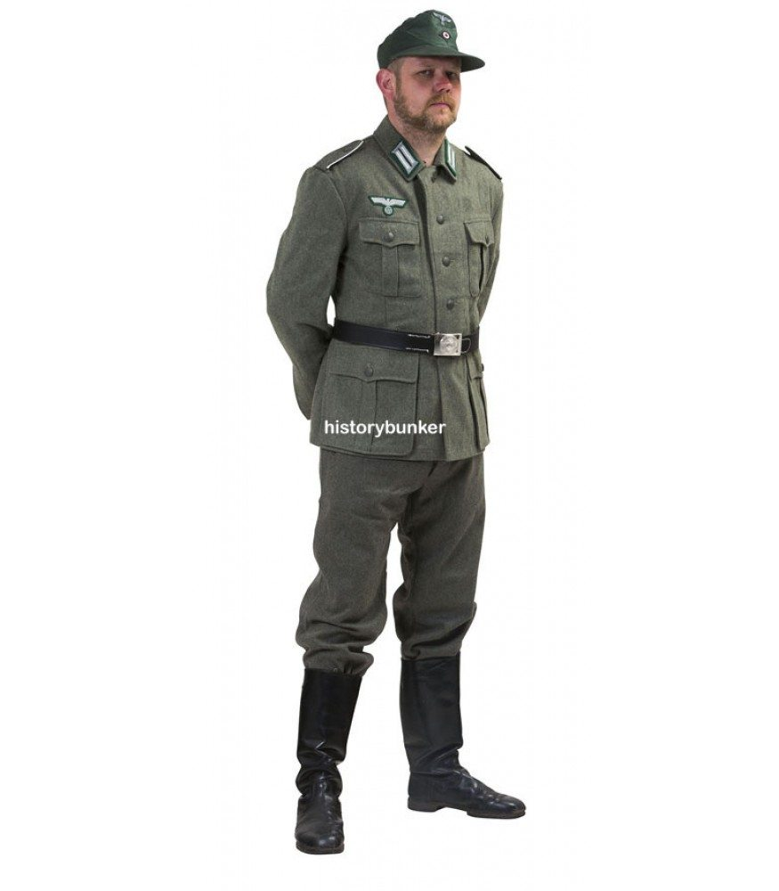 WW2 German Army soldier uniform